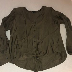 Ann Taylor tie-front button down blouse